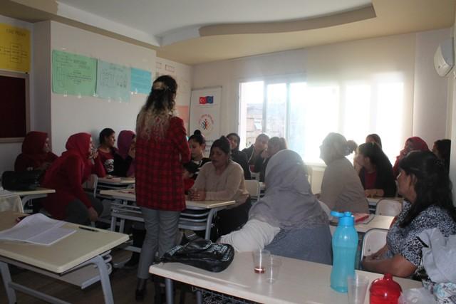 Mersin'de Roman Kadınlar ile İlk Buluşma